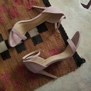 NWOT Lulus Mauve Lilac Suede Ankle Strap Heels